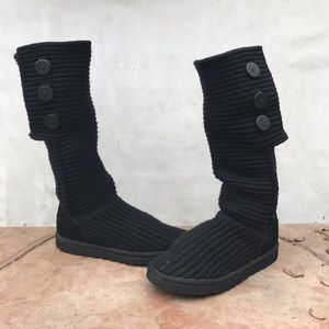 UGG Classic Cardy boot in black